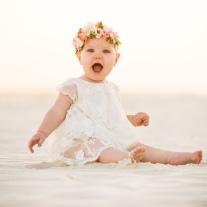 baby girl beach photos